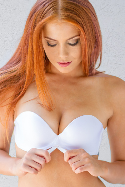 edeffa4770 Strapless Bra - Cleavage and Lift Like Never Before