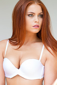 amazing cleavage and lift convertible bra white